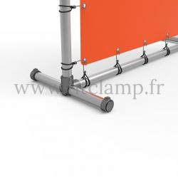 Stop-trottoir avec bâche tendue en structure tubulaire. Assemblage tubulaire - Piétement raccord tubulaire bague. Détaille