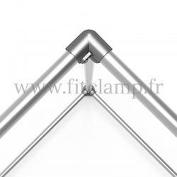 Cube display frame for tension banner on aluminium tubular structure. For assembly, all you need is a simple Allen key.