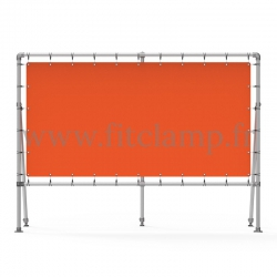 Fixed display frame with tension banner on aluminium tubular structure. With reinforcements.