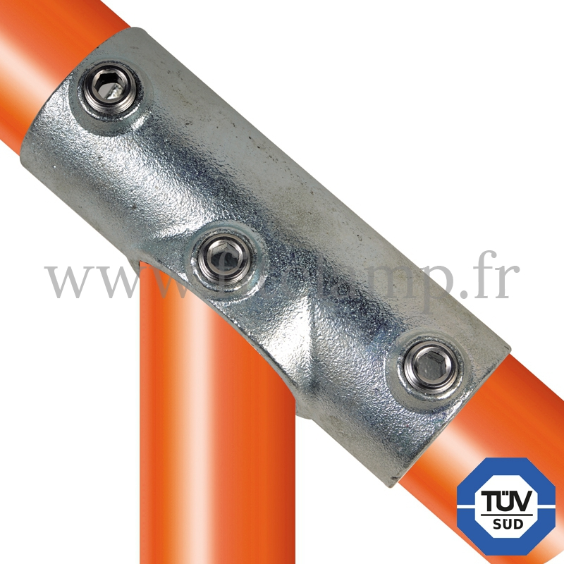Conector tubular 127: T largo inclinado compatible con 3 tubos para montaje tubular. FitClamp