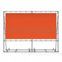 Mobile display frame with tension banner on aluminium tubular structure. With 1 reinforcement.