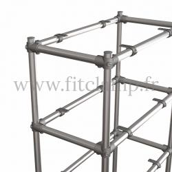 Etagère droite Simple en structure tubulaire en acier galvanisé. Détaille raccord tubulaire angle sans tablette bois. FitClamp