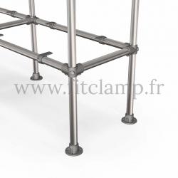 Tubular double upright shelving unit. Tubular structure. Foot option: plate 131. FitClamp