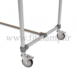 C42 Standard table in tubular structure: Industrial style. Foot option: Wheels