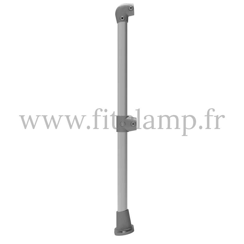 Tubular angled barrier post 0-11° - Start/end: C42 tubular structure. FitClamp