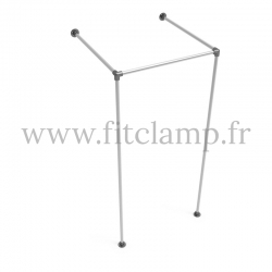 Square fitting room - B34 tubular structure. Easy to install