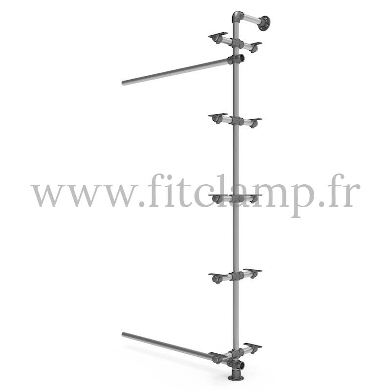 Einzelnes Anbauregal mit 5 Niveaus in Rohrstruktur. FitClamp.