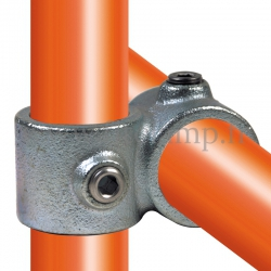 Tube clamp fitting: Reducing 90° cross over for tubular structures. Suitable for joining 2 tubes