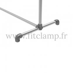 Porte-vêtements double largeur en structure tubulaire acier galvanisé. Piètement raccord tubulaire coude. FitClamp