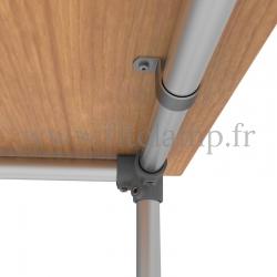 Table renforcée en structure tubulaire D48 en acier galvanisé. Raccord tubulaire patte de fixation. FitClamp