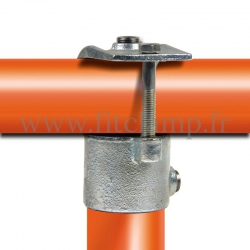 Tube clamp fitting 135 for tubular structures: Short clamp on tee, suitable for 2 tubes. Easy to install
