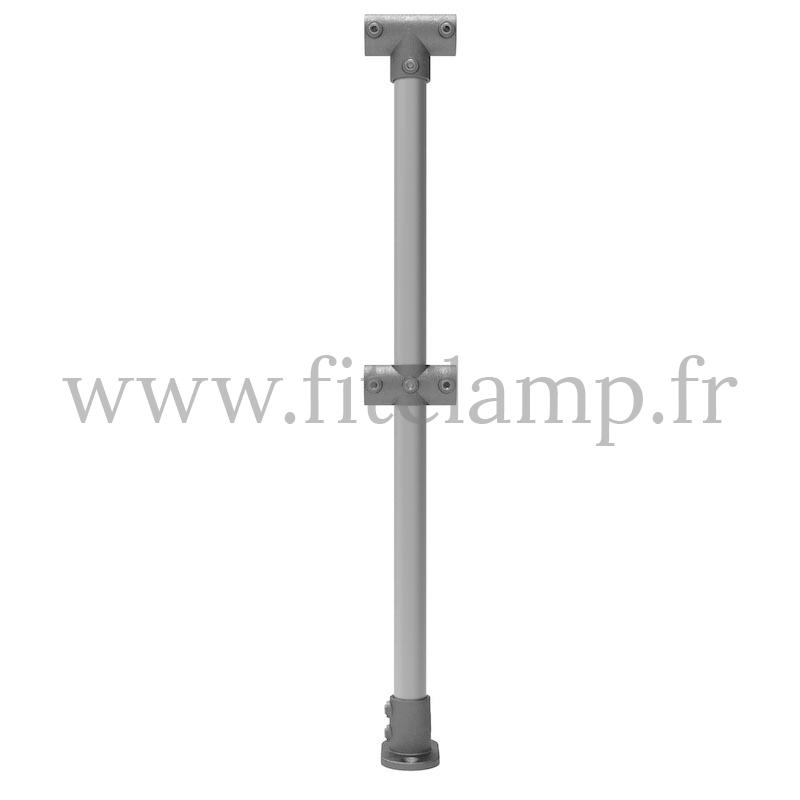 Poteau barrière C42 extension en structure tubulaire C42 - Sol plat 0°. Montage par simple clé Allen. FitClamp