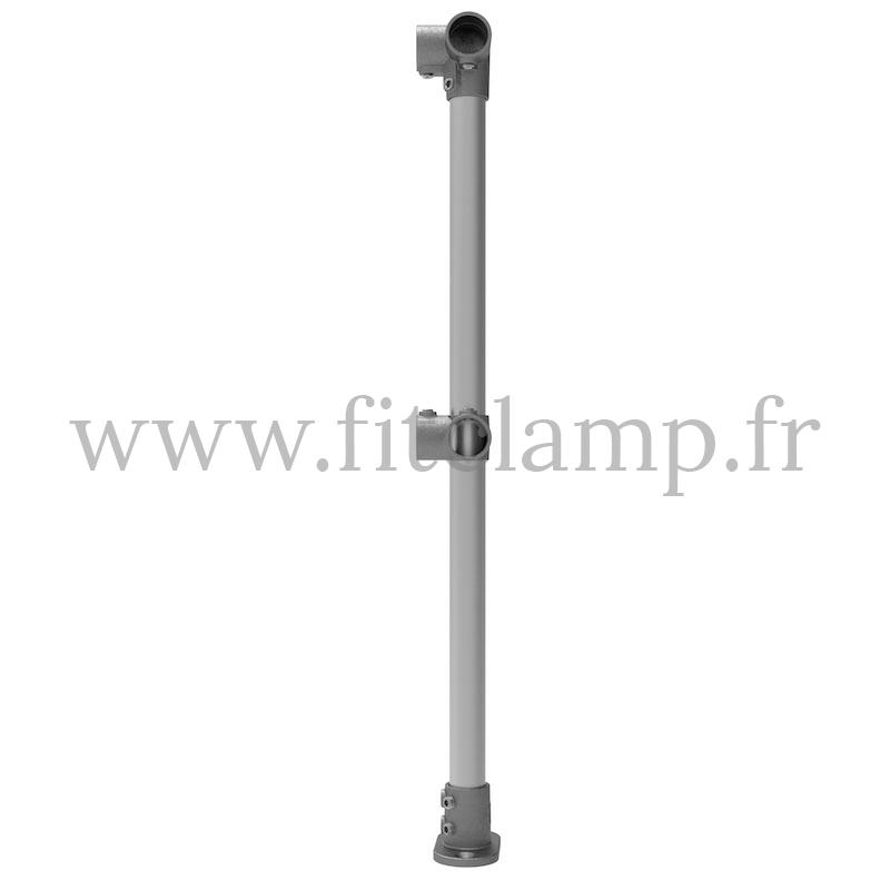 Poteau barrière C42 d'angle pour sol droit 0°. FitClamp