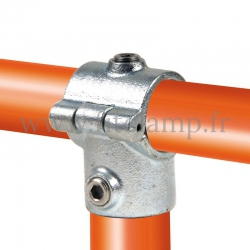 Tube clamp fitting 136: Add on tee, for tubular structures. Easy to install.