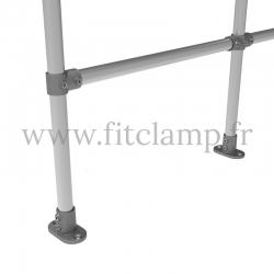 Barrière D48 droite en structure tubulaire acier galvanisé - Double. Piètement raccord tubulaire platine.  FitClamp